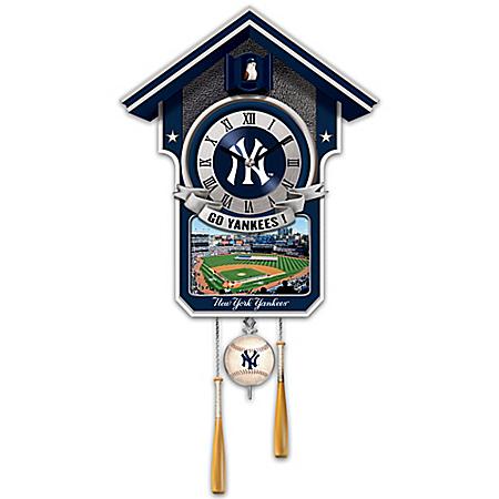 Cuckoo Clock: Moments Of Greatness: The New York Yankees Cuckoo Clock