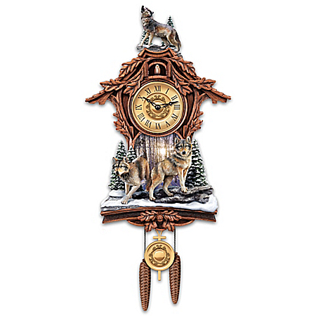 Silent Encounter Sculpted Wolf Cuckoo Clock
