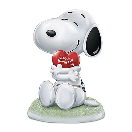 PEANUTS Snoopy, I Love You Heirloom Porcelain Music Box