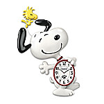 PEANUTS Snoopy Motion Wall Clock