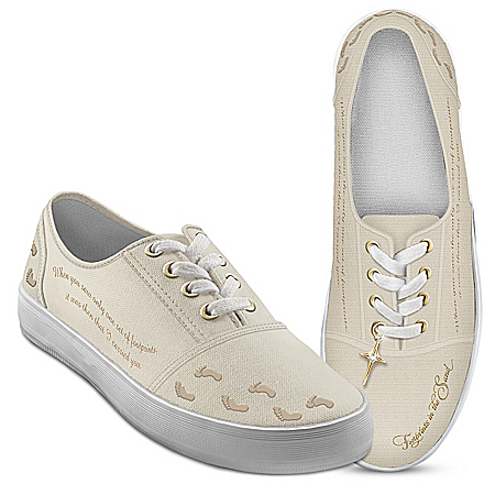 Footprints In The Sand Women's Canvas Shoes