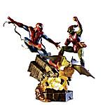 MARVEL SPIDER-MAN Battle Atop Brooklyn Illuminated Sculpture