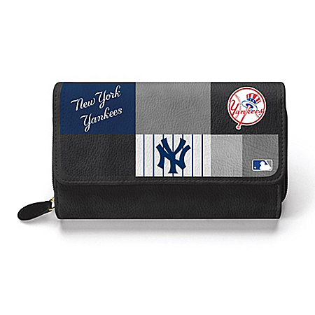 For The Love Of The Game New York Yankees Women's MLB Fashion Wallet