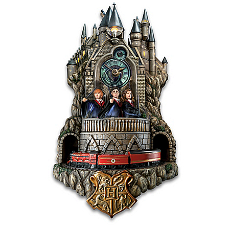 HARRY POTTER Fully-Sculpted Illuminated Wall Clock