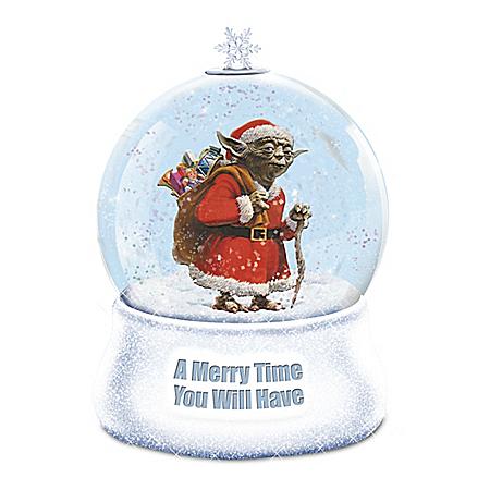 STAR WARS Christmas Yoda Glitter Globe With Lights
