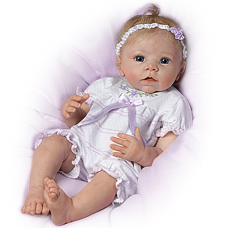 So Truly Real Lifelike Baby Doll: Chloe's Look Of Love