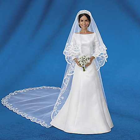 Meghan Markle, Royal Romance Fine-Porcelain Bride Doll