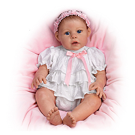 Baby Doll: Hugs From Hailey 302033001