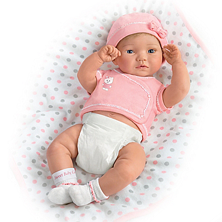 A Little One To Love: Sweet Baby Girl Lifelike Baby Doll