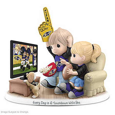 Figurine: Precious Moments Every Day Is A Touchdown With You Ravens Figurine