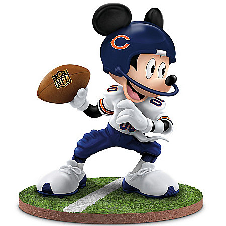 Disney Mickey Mouse Chicago Bears Football Figurine: Quarterback Hero