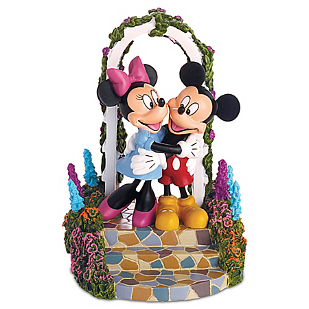 Thomas Kinkade Figurine: Disney Together Our Hearts Are Home