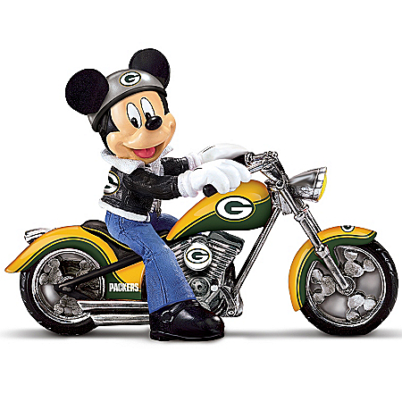 Disney NFL Figurine: Green Bay Packers Headed For Victory