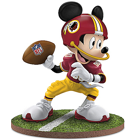 Figurine: Washington Redskins Quarterback Hero Walt Disney Mickey Mouse Figurine