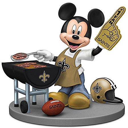 Figurine: Disney New Orleans Saints Fired Up For A Win Mickey Mouse Tailgating Figurine