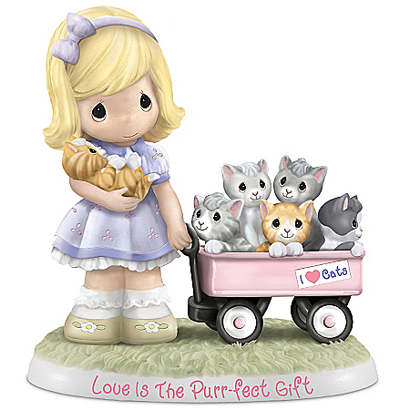 Figurine: Precious Moments Love Is The Purr-fect Gift Figurine