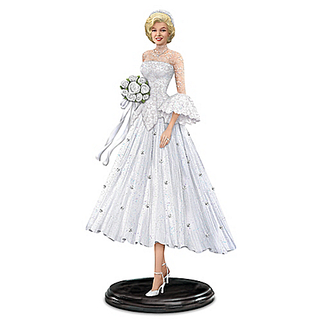 Figurine: Marilyn Monroe As Lorelei Lee, Blissful Bride Figurine