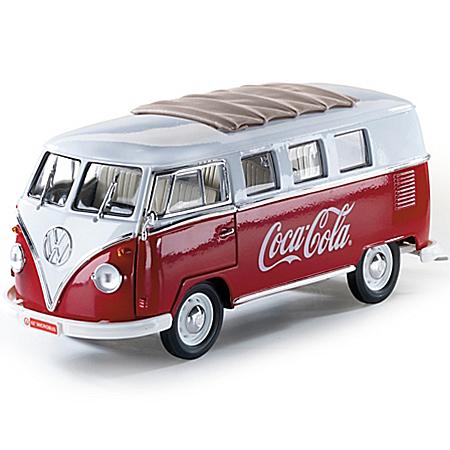 1:18-Scale COCA-COLA 1962 Samba Volkswagen Minibus Diecast Car