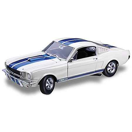 1:18 Ford 1965 Shelby Mustang G.T.350 Diecast Car