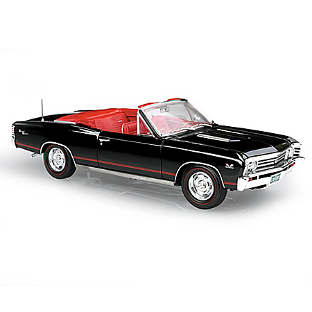 1967 Chevy Chevelle SS Convertible 1:18 Scale Diecast Car