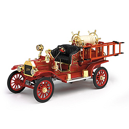 1:18-Scale Ford Model T 1914 Fire Engine Diecast Truck With Fire Hose Accessories
