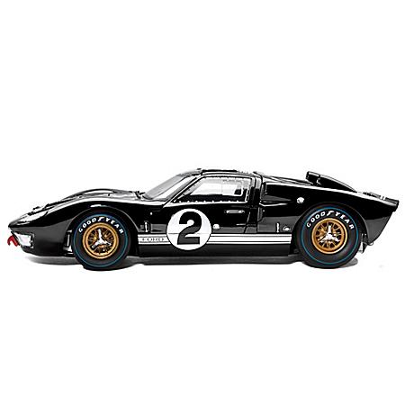 1:18-Scale 1966 Ford GT-40 MK II #2 Diecast Car: Black