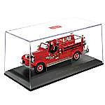 1935 Mack Type 75BX Fire Engine Diecast Truck With Collector Case