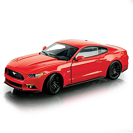 1:18 2015 Ford Mustang GT Red Diecast Car