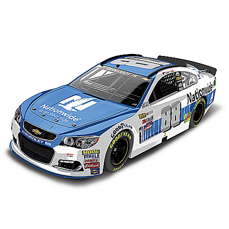 Dale Earnhardt Jr. NASCAR No. 88 Nationwide 2017 Lionel Racing 1:24-Scale Diecast Car