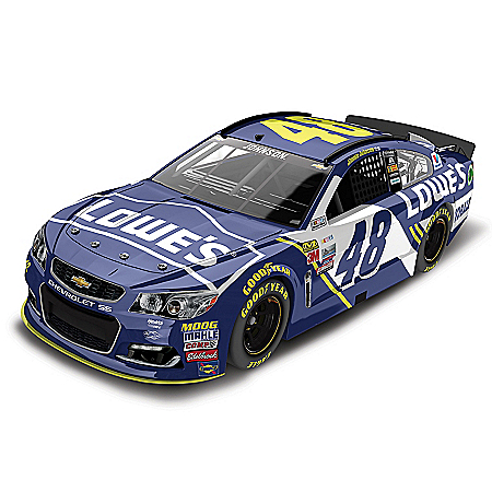 Jimmie Johnson NASCAR No. 48 Lowe's 2017 Lionel Racing 1:24-Scale Diecast Car
