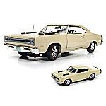 1969 Dodge Coronet Super Bee Scat Pack 1 - 18 Scale Diecast Car