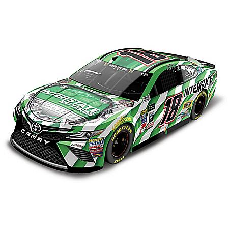 Kyle Busch No. 18 Interstate Batteries Monster Energy 2017 NASCAR Cup Series Lionel Racing Diecast Car