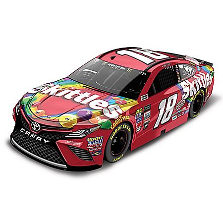 Kyle Busch No. 18 Skittles 2017 NASCAR 1:24 Scale Diecast Car