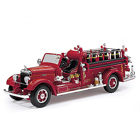 1:24-Scale 1935 Mack Type 75BX Fire Engine Diecast Truck With Dual-Opening Hood