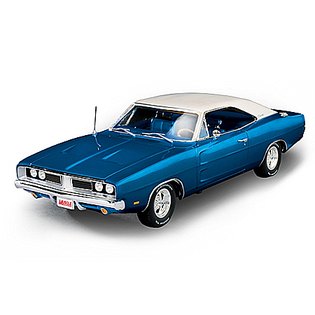 American Muscle 1:18-Scale 1969 Dodge Charger White Hat Special Diecast Car