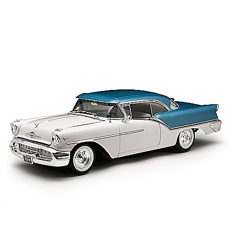 1:18-Scale 1957 Oldsmobile Golden Rocket Super 88 Diecast Car