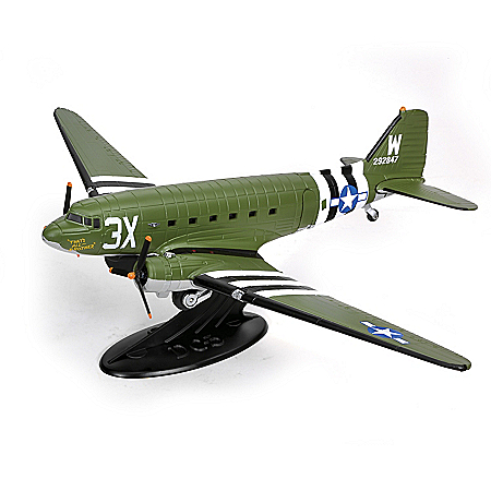 1:72 Scale WWII Douglas C47 Skytrain Diecast Airplane with Display Stand