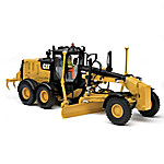 1 - 50-Scale CAT 140M3 Motor Grader Diecast Tractor With Collector's Box