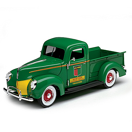 1:25-Scale 1940 Ford Oliver Diecast Truck With Rubber Tires