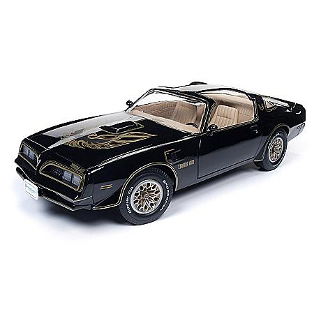 1:18-Scale 1977 Pontiac Trans Am Special Edition Diecast Car