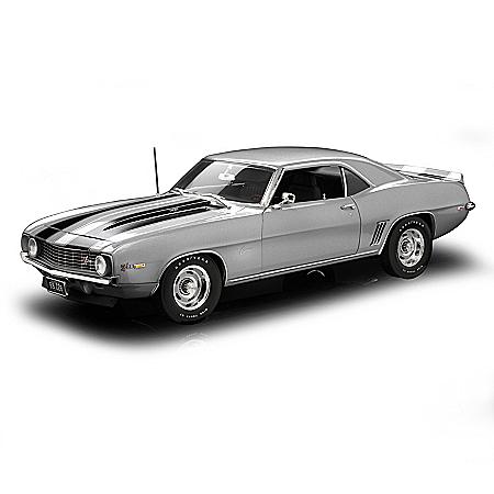 1:18-Scale 1969 Camaro Z28 50th Anniversary Diecast Car