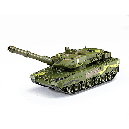 1:40-Scale Diecast Battle Tank With Camouflage Paint Scheme