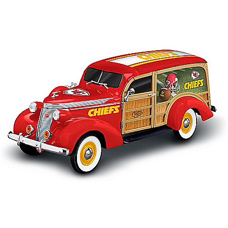 Kansas City Chiefs 1937 Woody Wagon Sculpture