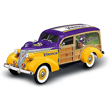 Minnesota Vikings 1937 Woody Wagon Sculpture