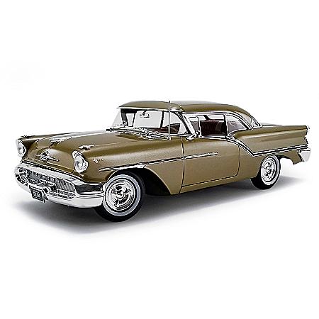 1:18-Scale 1957 Oldsmobile Golden Rocket Super 88 Diecast Car