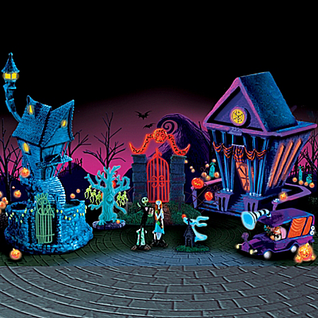 Tim Burton's The Nightmare Before Christmas Black Light Village Set