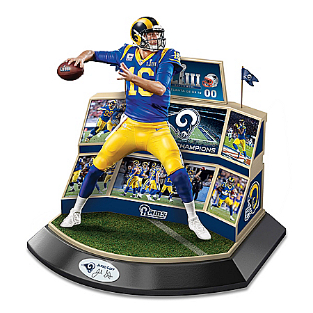 Sculpture: NFL Legends Of The Game Peyton Manning Sculpture