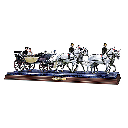 A Royal Tradition Horse & Carriage Wedding Sculpture 1402036001