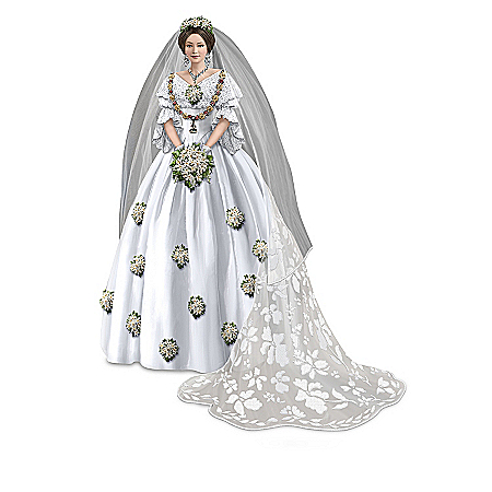 Figurines: Royal Fashions Of Her Majesty Queen Victoria Figurine Collection
