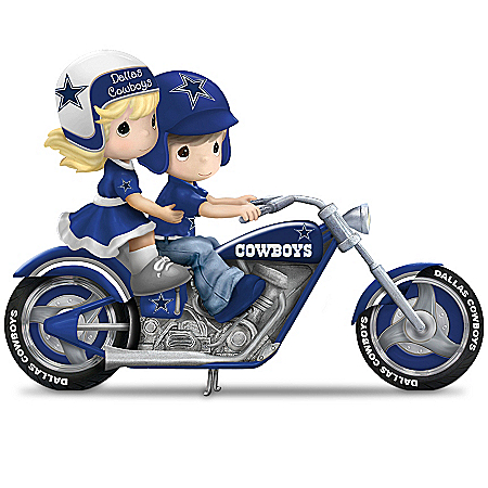 Figurines: Precious Moments Highway To The Top Dallas Cowboys Figurine Collection